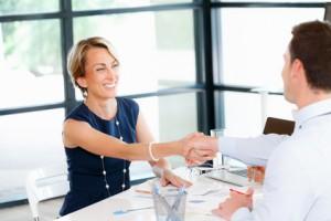 el regalo de empresa una buena estrategia para culminar un negocio