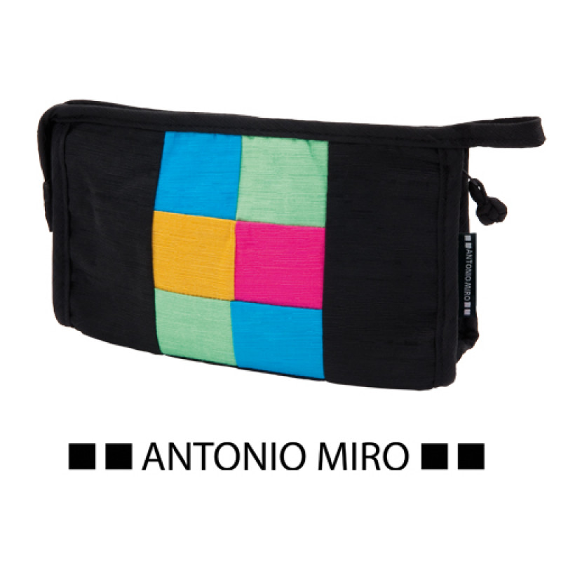 neceser marca Antonio Miro personalizable